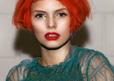 Sylka Hair - woman with short red hair - inspiration 01