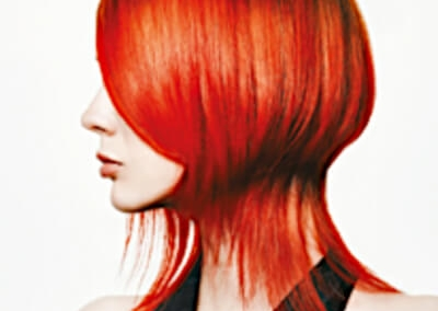 Sylka Hair - woman with short red hair - inspiration 02