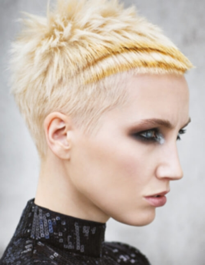 short blonde styling 02